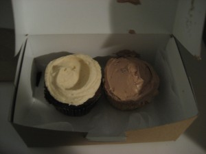 A fairly disappointing chocolate/peanut butter cupcake at left and my favorite banana/chocolate combo on the right.